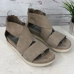 Eileen Fisher Sport 2 Perforated Sandal SZ 7